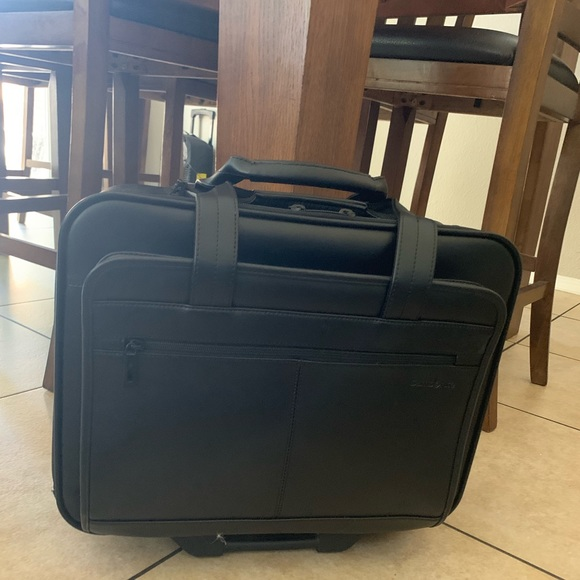 d94dfe6a8e2bf7 Samsonite Bags | 1 Day Sale Pilot Bag | Poshmark